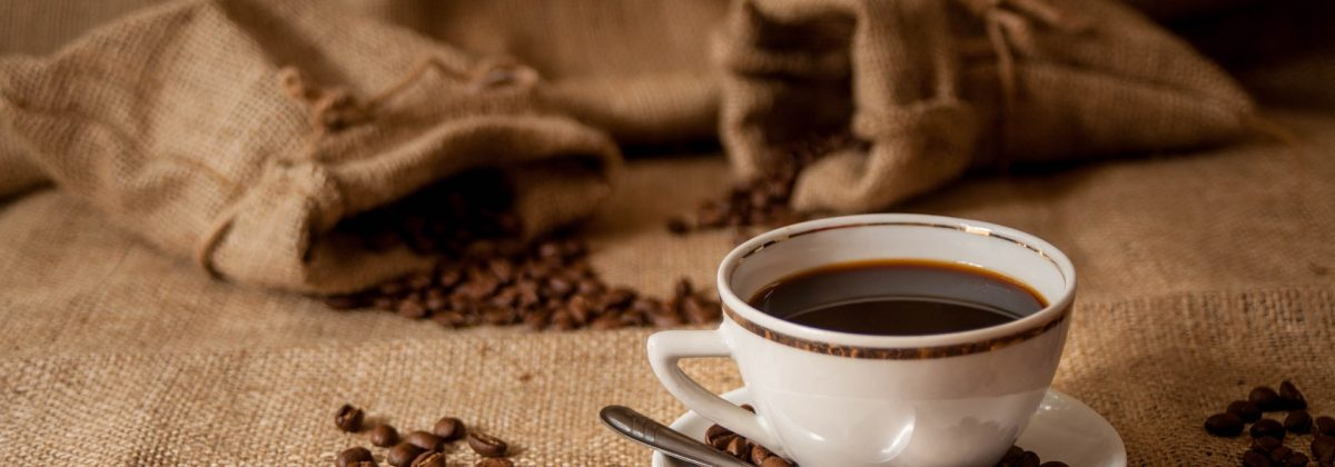 Know your Coffee – The Difference between a Cappuccino and a Latte